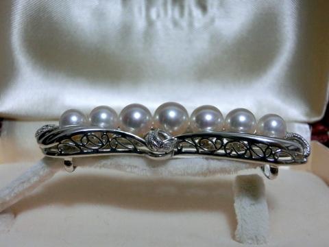真珠の帯留め 横
