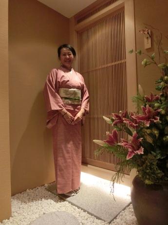 ピンクの紬