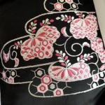 濃紺地 ピンク刺繍
