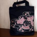 帯で作ったトートバッグ(A4サイズ対応) 刺繍柄(濃紺地にピンク)