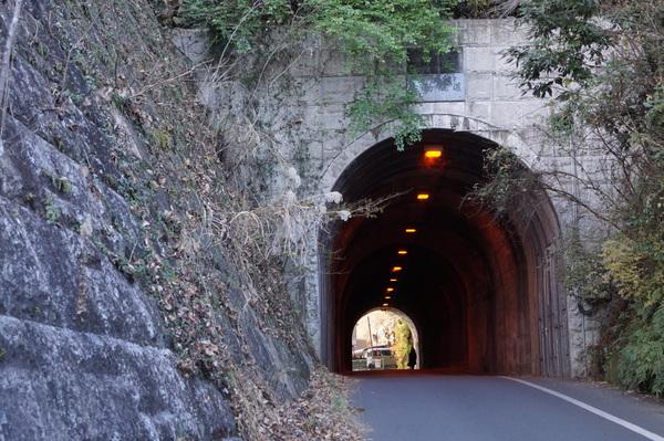 鎌倉トンネル