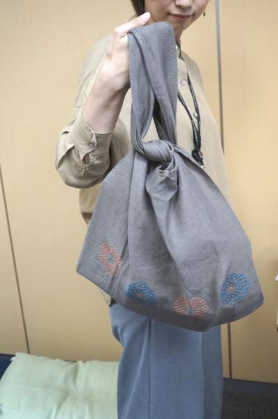 麻のバッグ