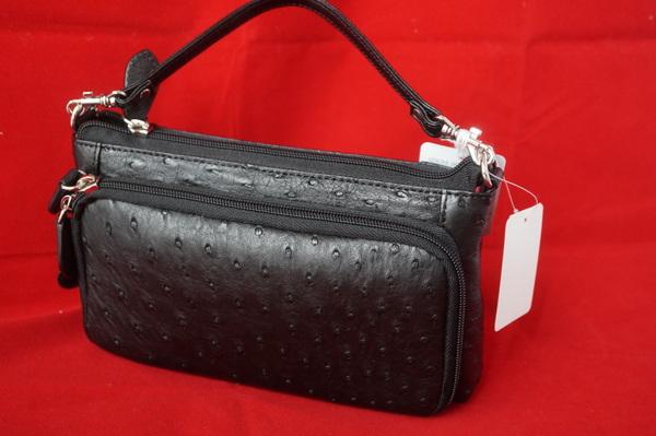 オーストリッチのバッグ