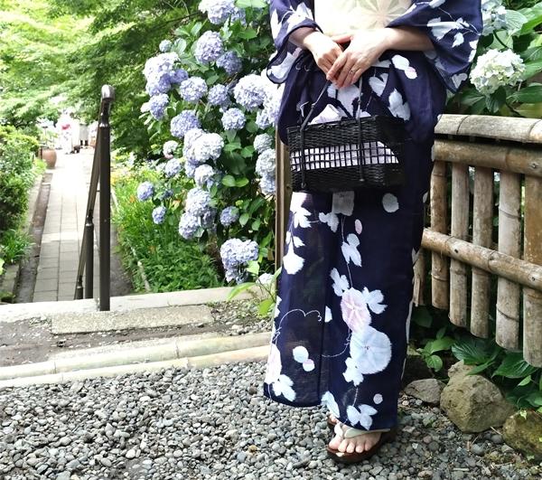 鎌倉英勝寺でカゴバッグ