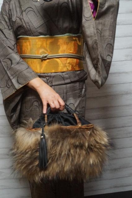 いろいろ使えるファー付きカゴバッグ