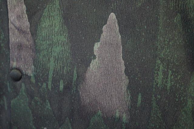 縮緬地の木立