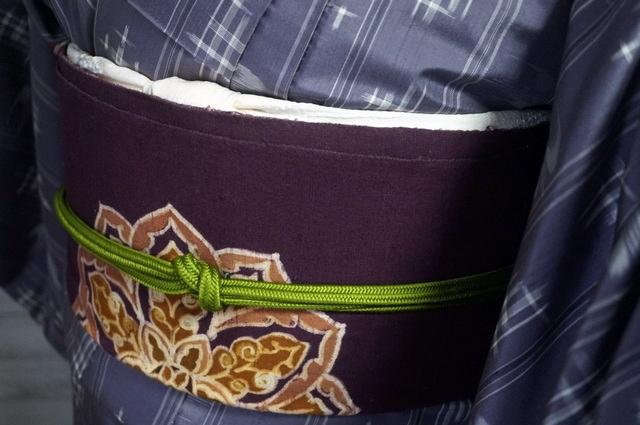 帯は紫八寸名古屋
