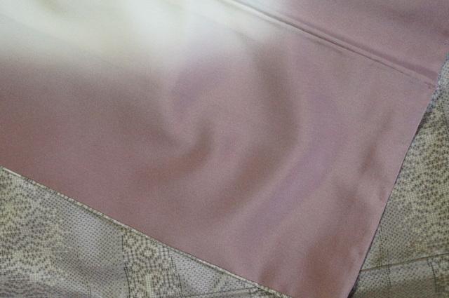 裾回しの薄紫