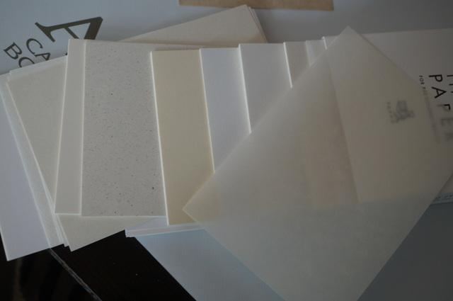 白い紙いろいろ