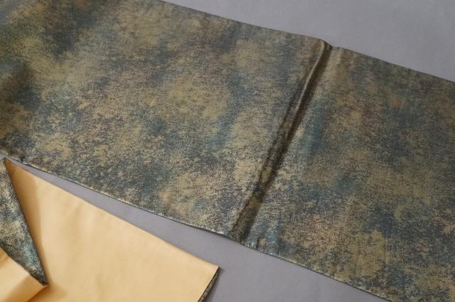 袋帯ぼかし織り